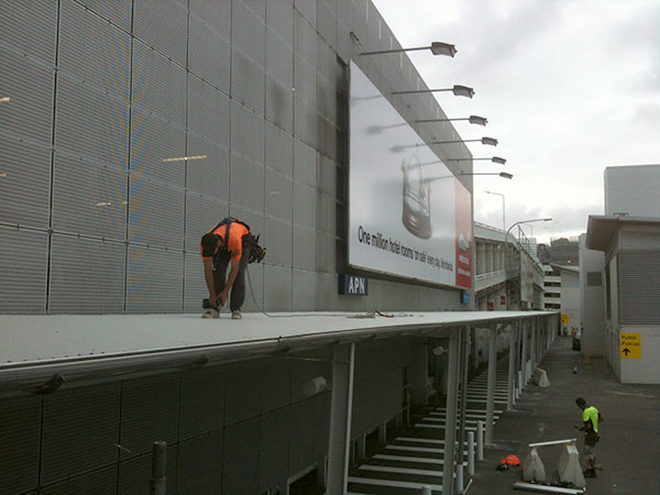 Quikdeck Roofing Services Government Project - Sydney International Airport, Mascot - ../../dc/gallery/lrg/1T2.jpg