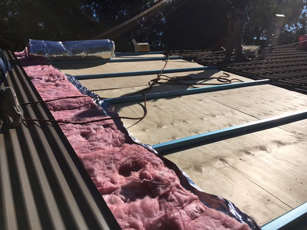 Quikdeck Roofing Services Government Project - Royal Australian Air Force Base, Glenbrook - ../../dc/gallery/lrg/2Royal-Air.jpg