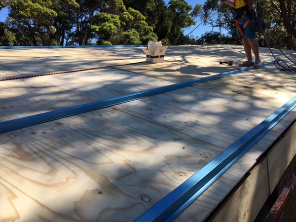 Quikdeck Roofing Services Government Project - Royal Australian Air Force Base, Glenbrook - ../../dc/gallery/lrg/3Royal-Air.jpg