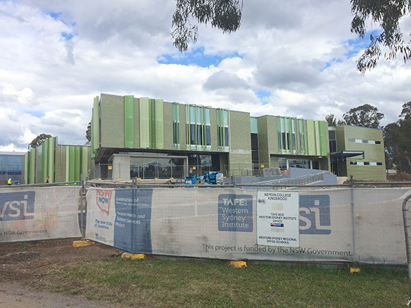 Quikdeck Roofing Services Schools and Colleges Project - TAFE NSW, Western Sydney Institute, Nepean College - ../../dc/gallery/lrg/IMG_1473.jpg