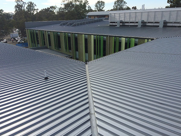 Quikdeck Metal Roofing Services Government Project - TAFE NSW, Western Sydney Institute, Nepean College - Project Size: 4,000 m2