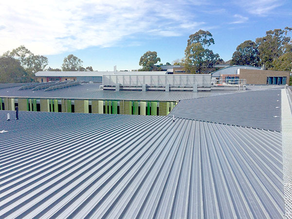 iFly Downunder commercial metal roofing project by Quikdeck Roofing contractors - Before 5